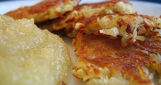 LATKES – AS BATATAS JUDAICAS