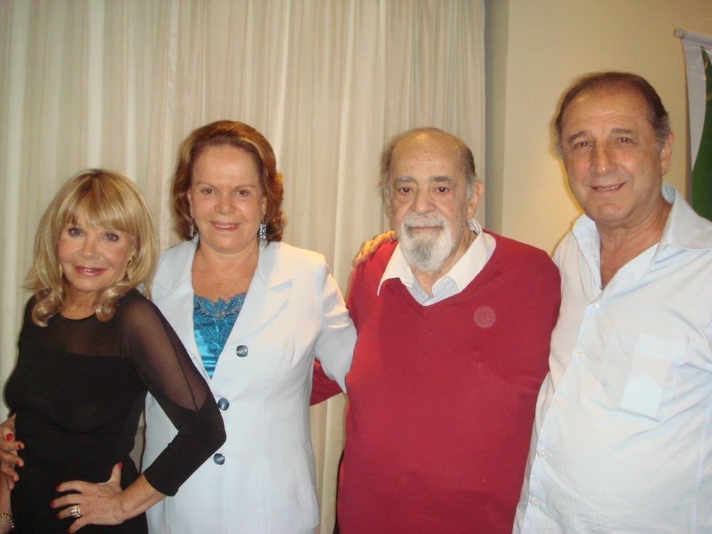 229_2_FIRST CLASS NOV-29-2-10-Suely Couto,Glorinha e Jacques Cohen e Jorge Zugaib
