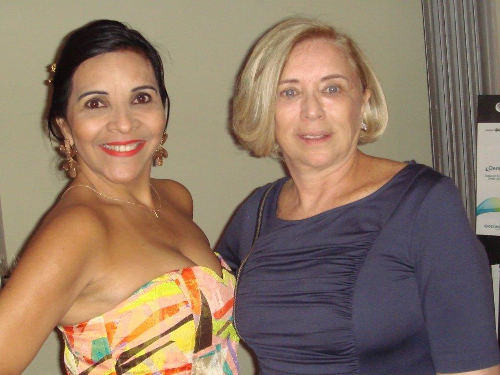 229_2_FIRST CLASS NOV-29-2-9-Aninha Monteiro e Golda Boruchowski